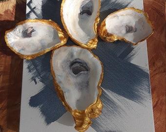 Gold oyster Shell Trim Cross