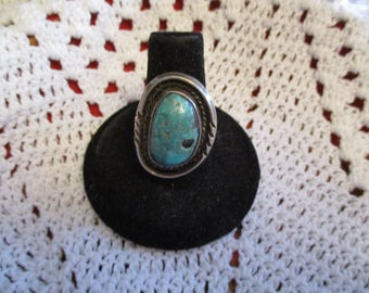 Native American Navajo sterling silver Turquoise ring size 7.5 weight 8 grams