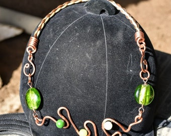 20 inch freeform copper wire horse hair with green lamp work beads and 10 mm jadaite beads