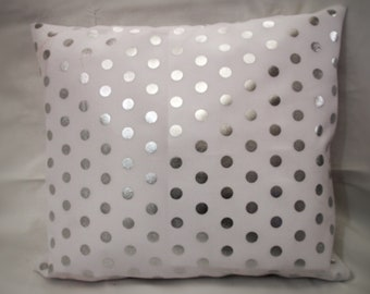 Pillow case 40x40 white with polka dots silver