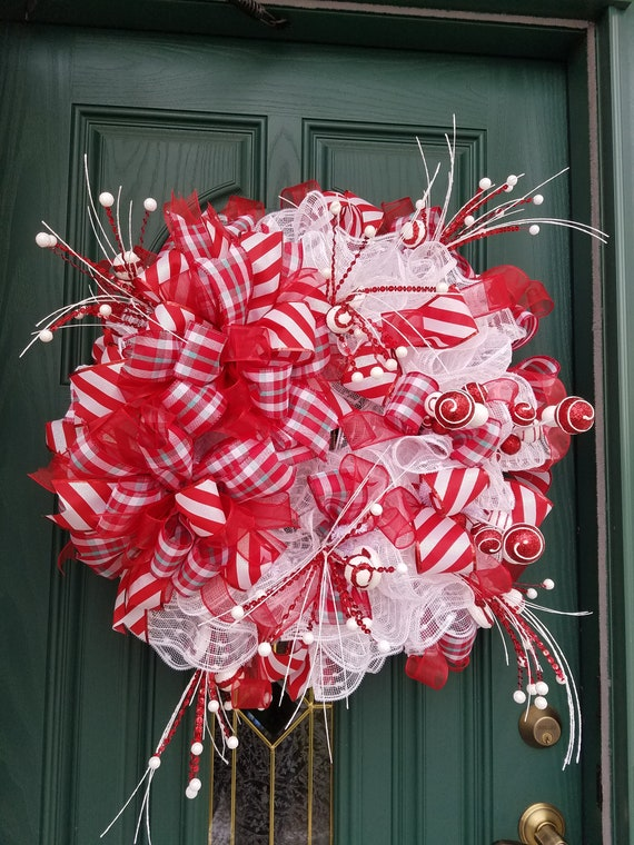 Red And White Christmas Wreath.Red White Wreath Red Christmas Wreath Candy Christmas Wreath Christmas Mesh Wreath Winter Wreath Red White Christmas