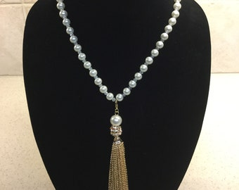 Pearl Necklace with Pearl and Gold Tassel