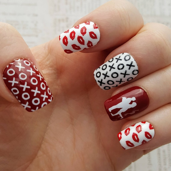 Valentine S Day Nails Red And White Nails Love Nails Etsy