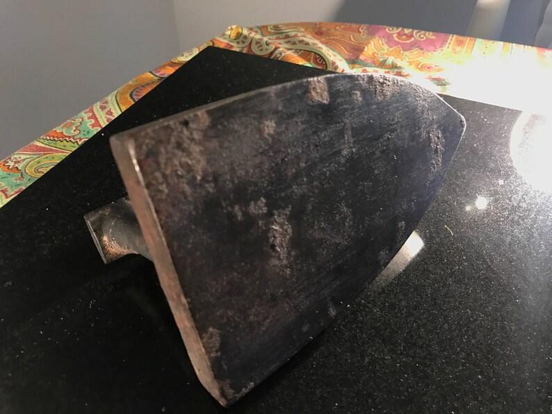 Flat Iron /'Le Parisien No.4/'