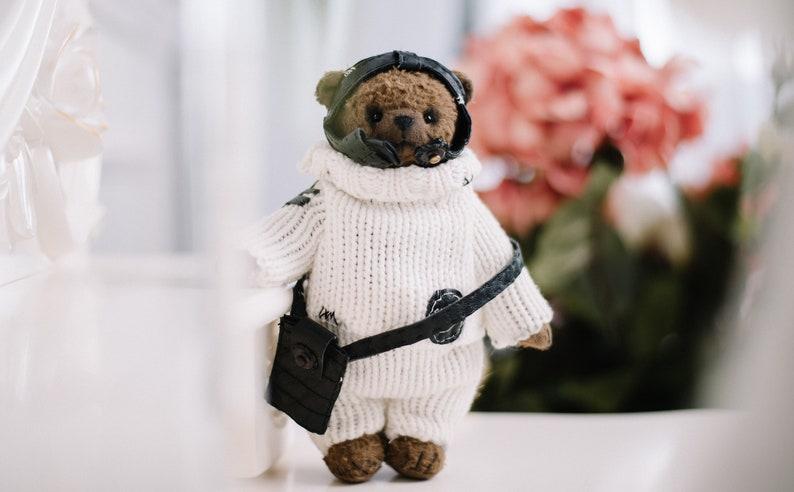 Bruine Teddy Jas.Teddybeer In De Kleren Van De Piloot Beer Van Zaagsel Toy Bear Etsy