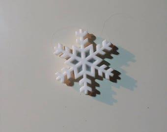 Large snowflake needleminder