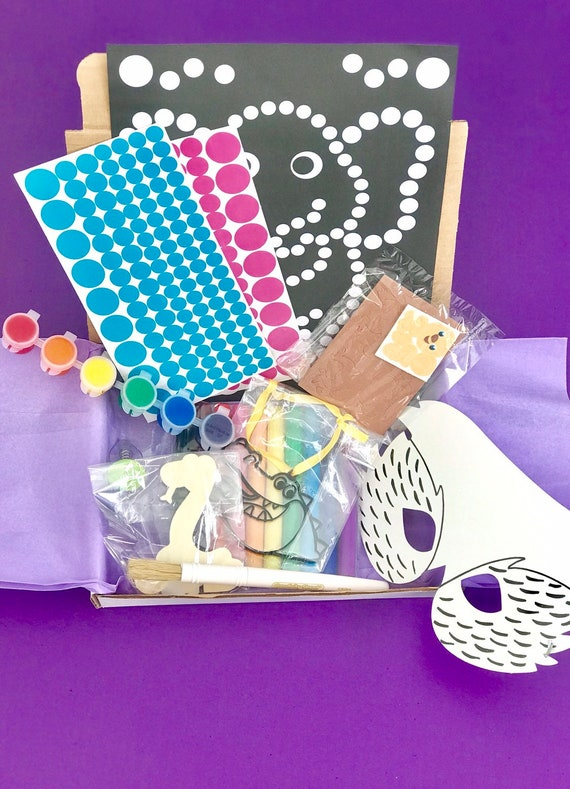 Subscription Boxes for kids and families  Easy kids crafts Subscription  kit  Busy Box and art/craft kits  Zoo theme craft box