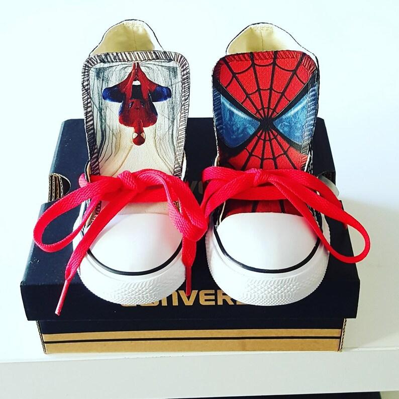 0b1d5a3ccc93df Spiderman Custom Converse Spiderman Custom Chucks V2
