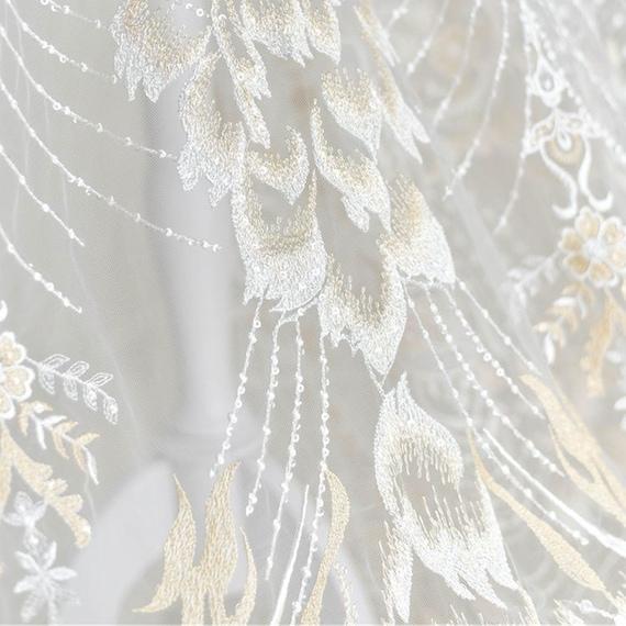 Shimmer Champagne broderie tissu Phoenix queue ajouré avec paillettes paillettes avec détails dentelle maille pour mariage robes de 51 cm de largeur vendues par yard 284ff0