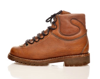 e3ce36f3b533fc leather Mountaineering BOOTS by Granp   size Eur 37