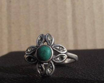 Vintage ring. Vintage Silver Flower Ring