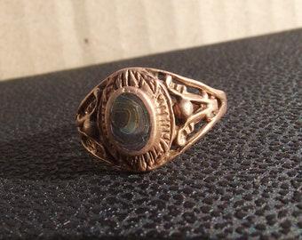 Vintage ring bewitching eye