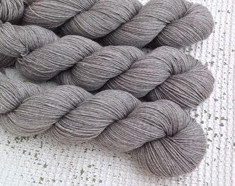 Merino, Yak and Nylon - Natural undyed yarn - Grey