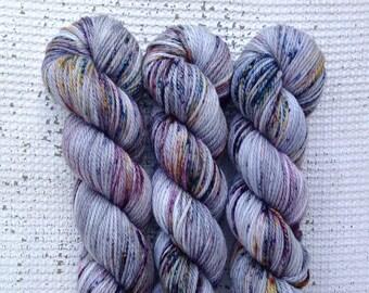 Dumbledore - Aran Hand Dyed yarn - Superwash merino - grey purple teal speckled