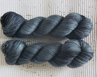 Lost at Sea - Hand Dyed Luxury Tonal Yarn - Superwash Merino Cashmere Nylon 4 ply - Grey Blue