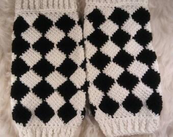 Leg Warmers Womens Crocheted Harlequin Diamond Pattern