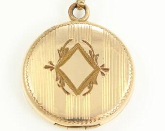 Vintage Round Engraved Locket Necklace - Gold Filled Art Deco Machine Engraved Pendant - Romantic Vintage Jewelry