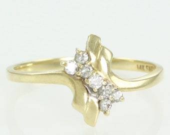 Vintage 1980's 14K Gold .10 CT Natural Diamond Bypass Ring Size 6 1/4 - Estate Jewelry