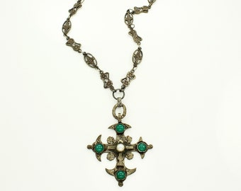 Vintage Cultured Pearl and Dyed Green Chalcedony 800 Silver Maltese Cross on Flower Panel Link Chain Necklace