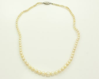 Vintage Graduated Cultured Akoya Pearl Necklace - 15 Inch Strand of Pearls - Estate Jewelry