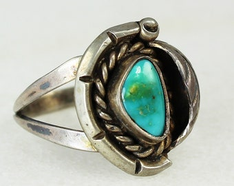Vintage Sterling Silver and TURQUOISE RING Southwestern Size 7 - Hippie Jewelry