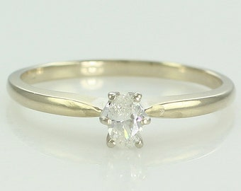 Vintage 18K .17 CT Oval Diamond Engagement Ring - 1960s Natural Diamond Solitaire