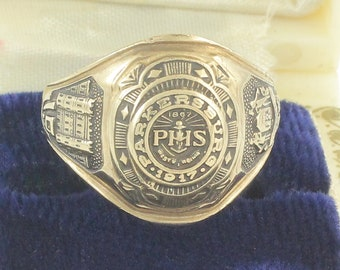 Gold Class Ring 1965 Parkersburg High School - 10K Yellow Gold Balfour Ring PHS WV 1965 - Size 7.75 8 grams -  Vintage Fine Jewelry