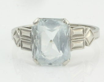Art Deco Aquamarine Ring - 1930s 14K White Gold with Scissor Cut Stone - Vintage Fine Jewelry