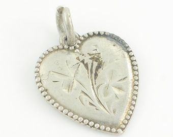 Vintage Silver Engraved Four Leaf Clover Puffy Heart Bracelet Charm - Sterling Bead Edge Flower Heart Pendant - 2.2g c1940 - Vintage Jewelry