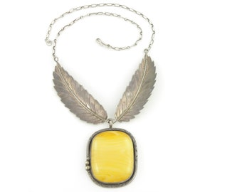 Vintage Southwestern Statement Necklace - Sterling Silver Feathers and Amber Yellow Plastic Pendant - Vintage Hippie Jewelry