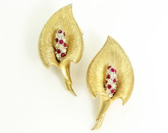 Vintage Marcel Boucher Peace Lily Earrings 7642 - Clear Red Crystals Gold Tone - Mid Century Designer Jewelry - Calla Lily Clip