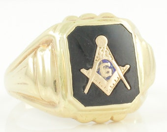 Mens Masonic 10K Ring - Art Moderne Black Onyx Yellow Gold Mason Fraternal Ring Size 13 - Circa 1940 - Vintage Fine Jewelry