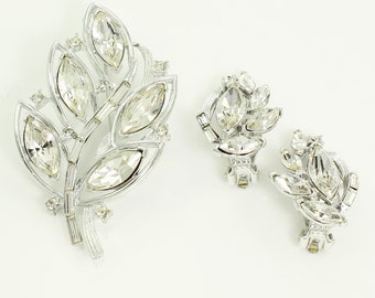 Kramer Marquise Rhinestone Set - Vintage Brooch Earrings Clear Stones in Silvertone - Signed Demi Parure - Vintage Jewelry - Signed Costume