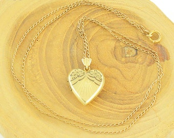 Vintage Engraved Heart Gold Filled Locket - 1940s 1/20 12K GF Locket Pendant 17 inch Sweetheart Necklace - Signed S Co - Vintage Jewelry