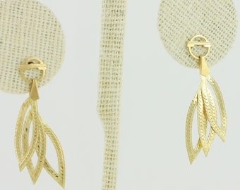 Retro 14K Herringbone Dangle Earrings - 1980s Drops of Yellow Gold Textured Chain - Eighties Vintage Jewelry
