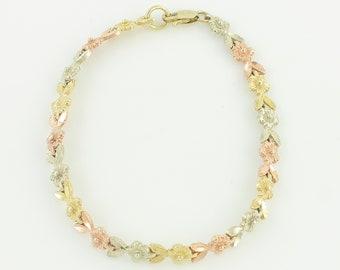 10K Tri Color Flower Bracelet - 1980s Yellow Rose White Gold Floral Link Bracelet - 7 inch 6.3 grams - Vintage Fine Jewelry