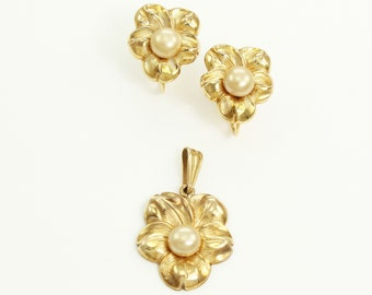 Vintage 10K Flower Pendant and Earrings with Simulated Pearls by BDA - 1940s Posy Set by Budlong Docherty & Armstrong - Estate Jewelry