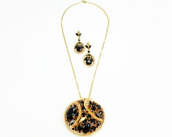 Mod Sixties Black Crystal Gold Tone Disc Pendant Necklace and Dangle Earring Set - Mid Century Jewelry Demi Parure