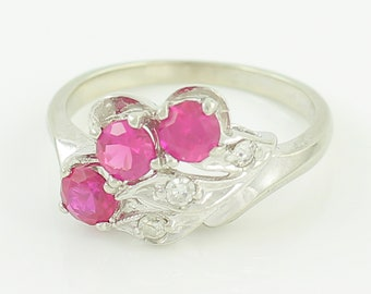 10K White Gold Ruby Diamond Ring - Vintage Modernist Fan Lab Created Ruby Ring Size 6 - 1950s Mid Century - Vintage Fine Jewelry