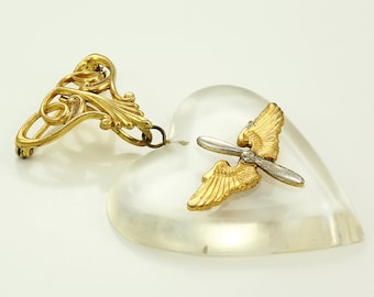 Lucite Heart Airmen's Wings WWII Sweetheart Pendant Brooch - WW2 Military Pin - World War Two Homefront Jewelry