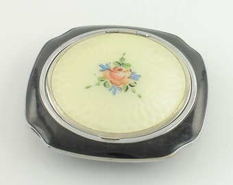 Compacts & Vanity Items