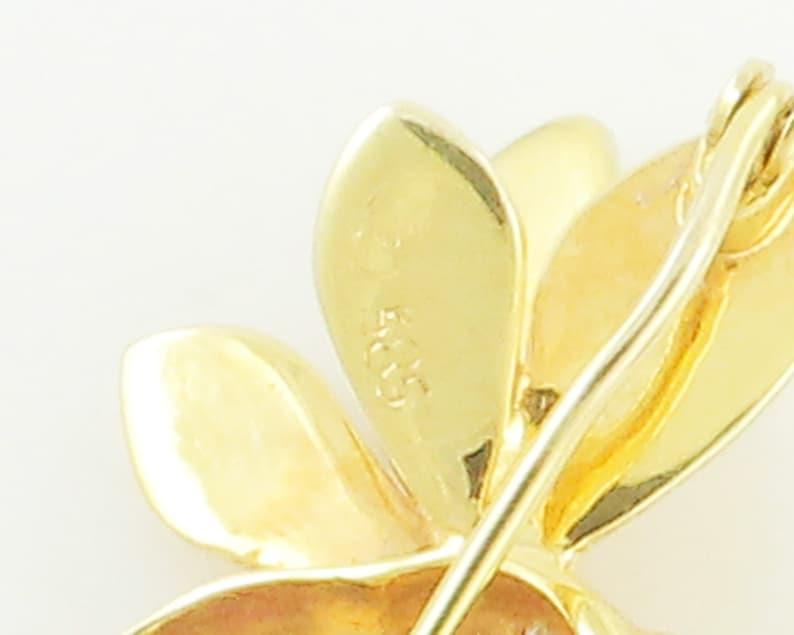 Bee Pin Gold Diamond Emerald Ruby 14K Yellow Gold Wasp Yellow Jack Bumble Bee Brooch circa 1980 Vintage Fine Jewelry