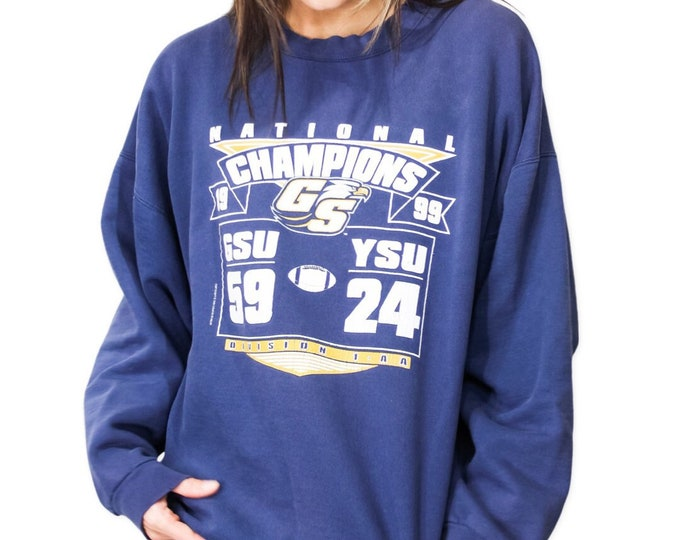 Georgia Southern University Sweatshirt | Size M