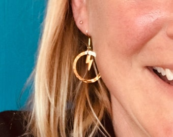 Hammered gold ring earrings - lightening bolt charms