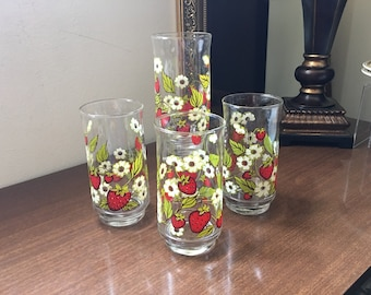 Strawberry Beverage Glasses - Strawberry Glasses