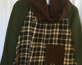 Flannel Poncho with Cowl Neck and Pocket,  Womens size Small to Medium