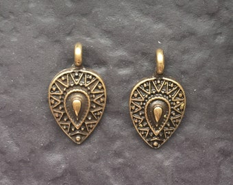 Medallion Pendants 68x30mm Antique Silver Plated Metal  G6395 2 Antique Silver Pendants Tribal Pendants