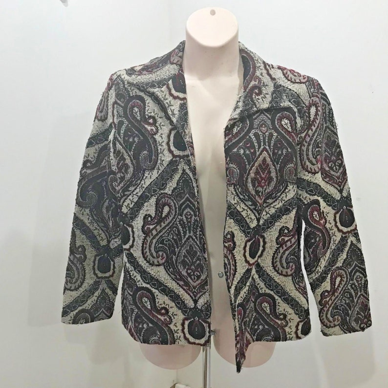 a466591e23c5 Coldwater Creek Size L Tapestry Jacket Ivory Red Black Ikat