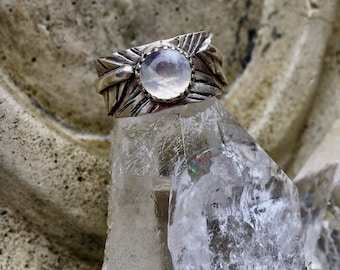 Leafy Moonstone Ring