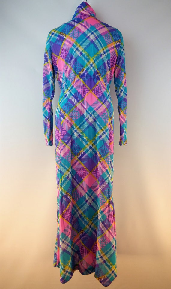 Vintage 60s Funky Patchwork Polyester Maxi Lounge… - image 9
